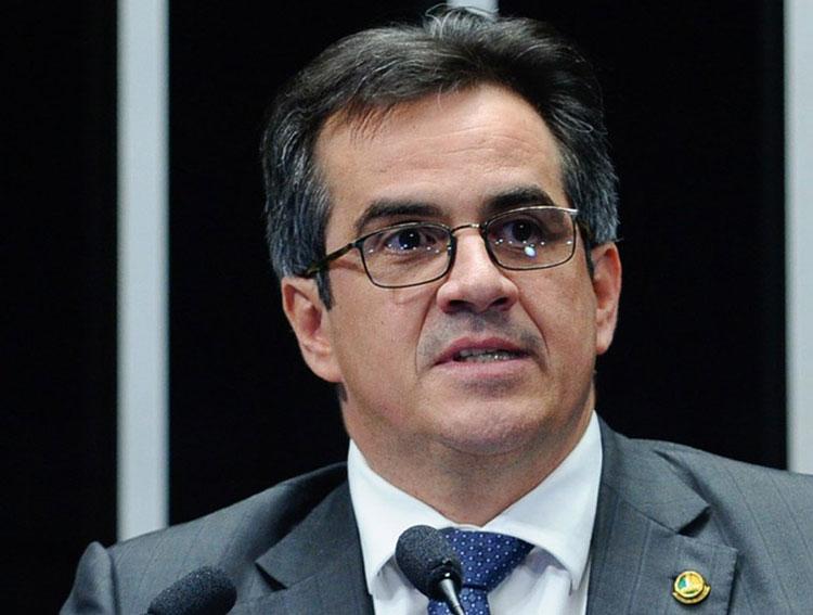 Presidente nacional do PP, senador Ciro Nogueira é alvo da PF