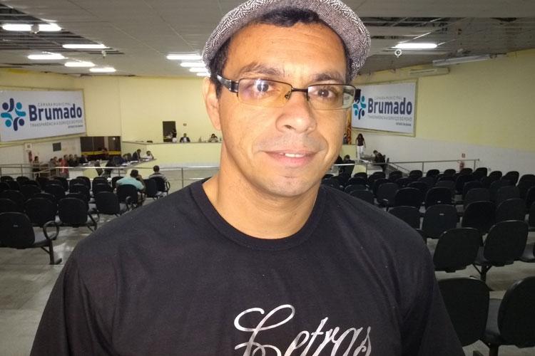 Brumado: Professor usa tribuna livre da câmara para falar sobre o Projeto Escola Sem Partido