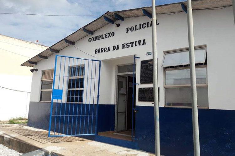 Barra da Estiva: Homicida que matou ex-namorada e amigo foi preso ao cair em buraco