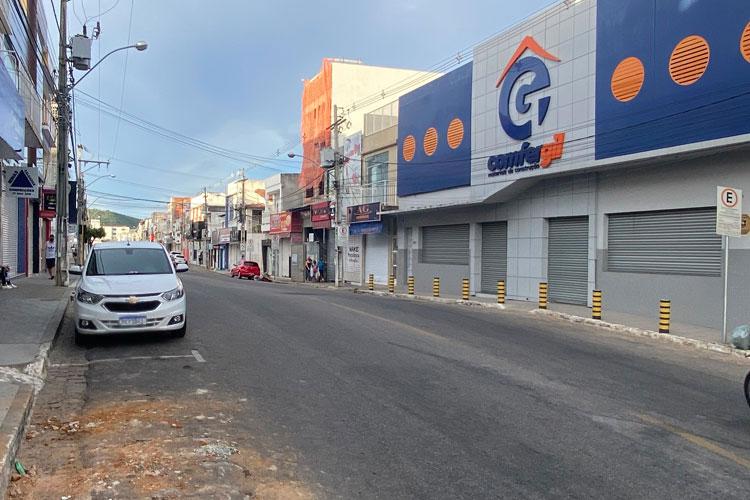 Comércio de Brumado fecha as portas em cumprimento ao decreto de lockdown do governo da Bahia
