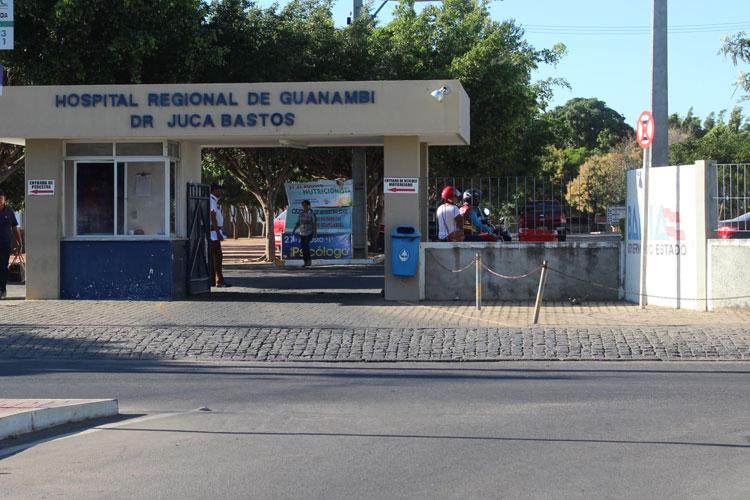 Funcionários do Hospital Regional de Guanambi realizam paralisação