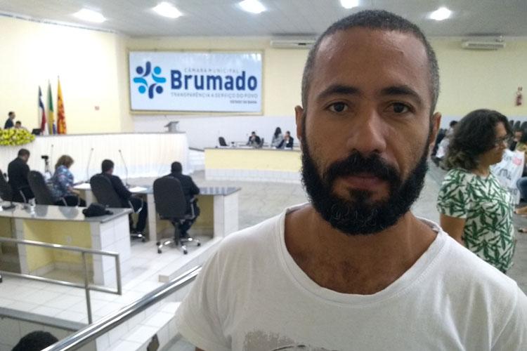 Brumado: Universitário vai ao legislativo em busca de apoio para participação em programa estudantil