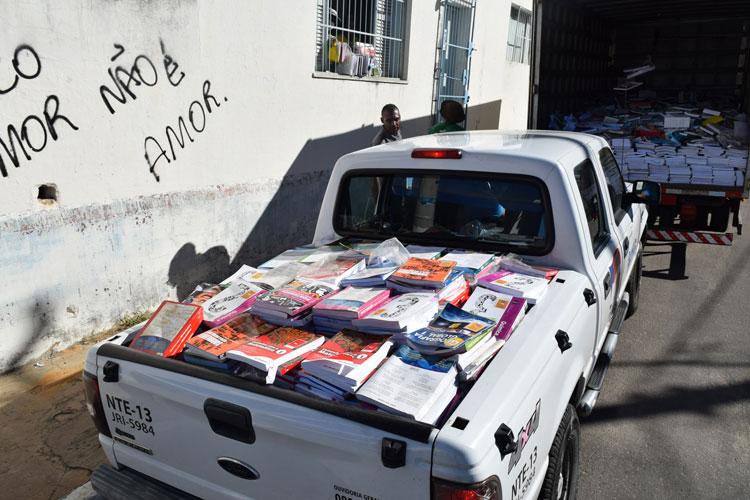 Brumado: Milhares de livros didáticos sem validade são encaminhados para reciclagem