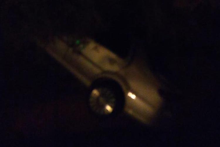 Brumado: Motorista capota carro na Avenida Lindolpho Azevedo de Brito