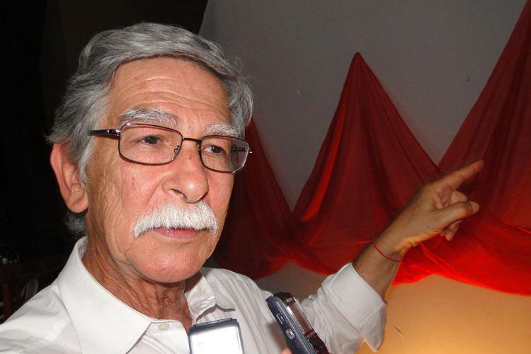 Prefeito de Brumado tem contas aprovadas com ressalvas e é multado em R$ 5 mil