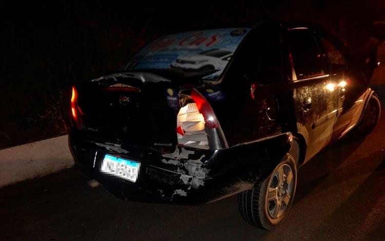 Barreiras: Motorista de carreta bate em dois carros na BR-242 no oeste do estado