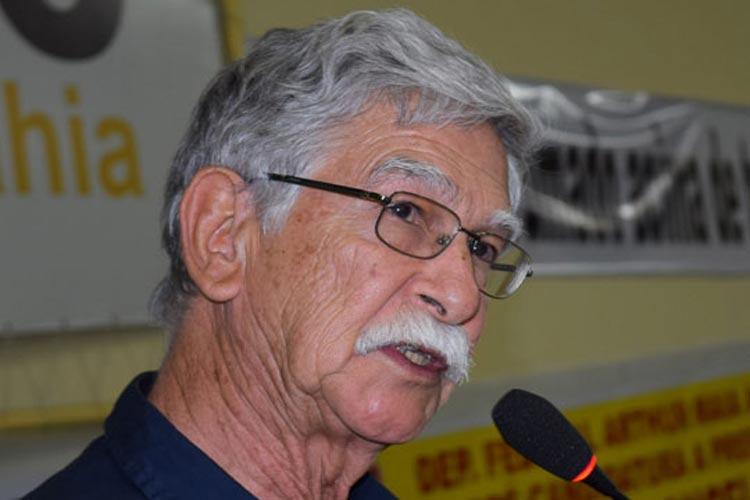 Governo reajusta piso dos agentes, mas joga a conta nas costas dos municípios, reclama prefeito de Brumado
