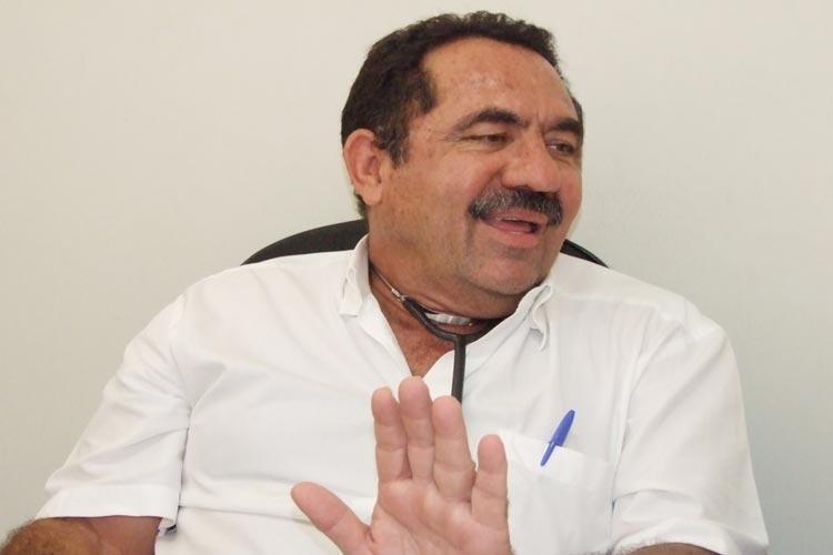 Marlúcio Abreu comemora 45 anos de dedicação ao ofício da medicina em prol da saúde brumadense