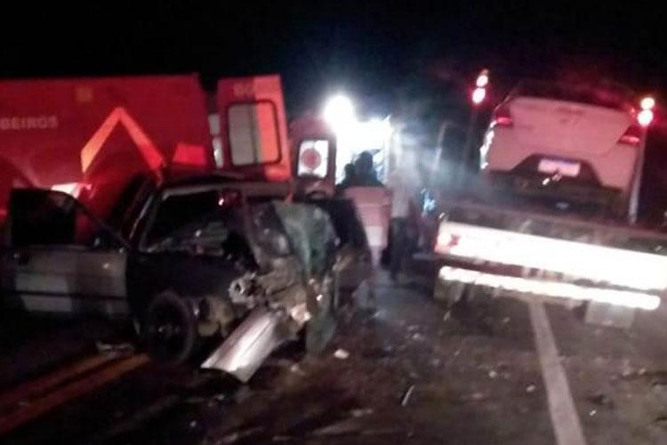 Caetité: Colisão frontal provoca morte de casal na BR-030