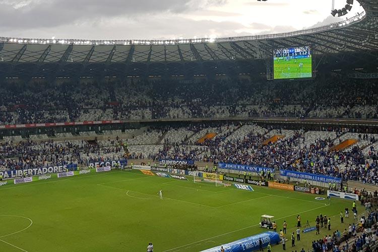 Palmeiras vence e decreta rebaixamento do Cruzeiro para a Série B