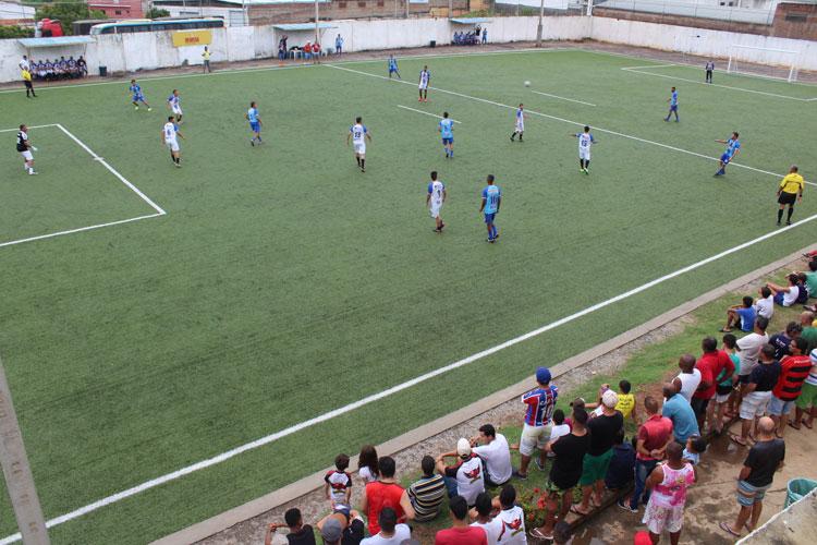 Futebol solidário bate recorde de público e arrecadação com estrelas do futebol brumadense