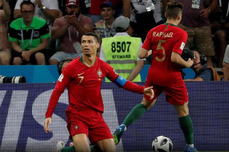 Copa do Mundo 2018  Portugal empata com a Espanha em show de Cristiano  Ronaldo 773a1af9a4fd0