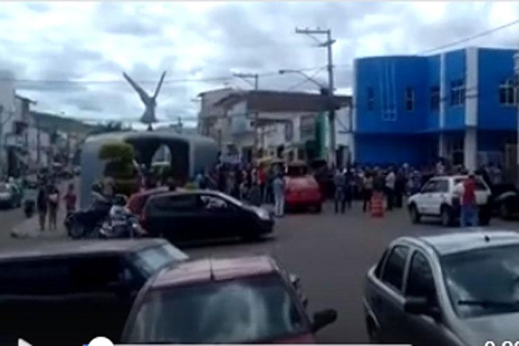 Professores paralisam atividades e denunciam nepotismo na prefeitura de Anagé