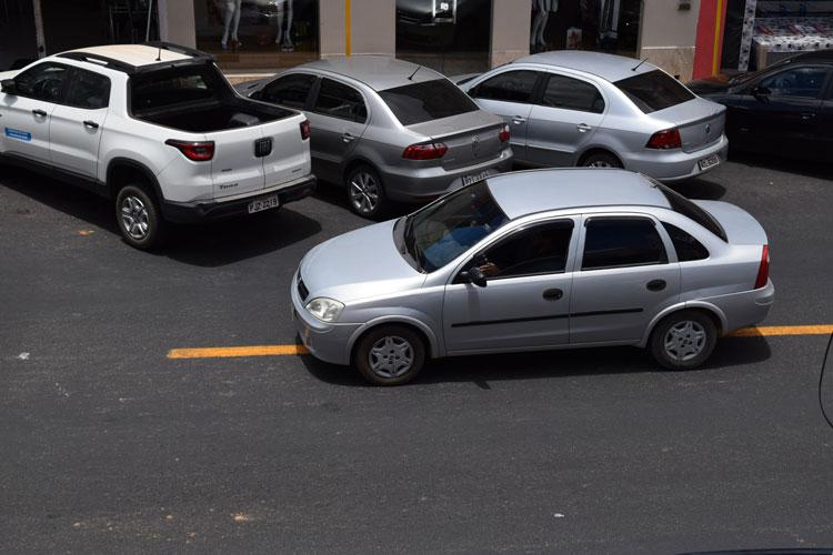Condutores são obrigados a cometer infração com demarcação de faixa contínua em Brumado
