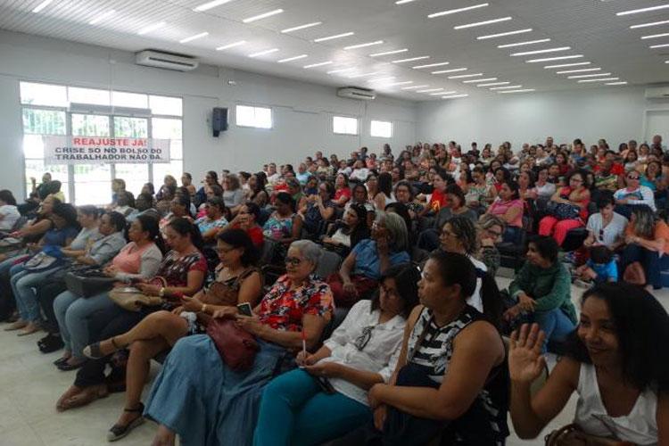 Guanambi: Professores da rede municipal deflagram greve por tempo indeterminado