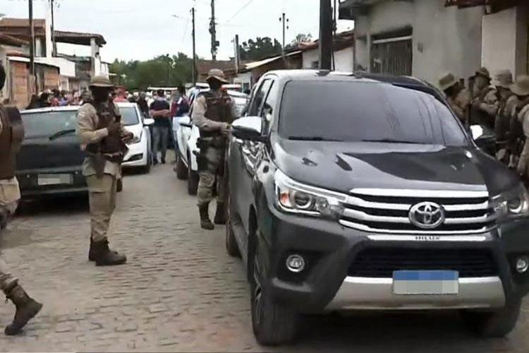 Prefeito de São Gonçalo dos Campos promove festa junina e é preso após confusão com a PM