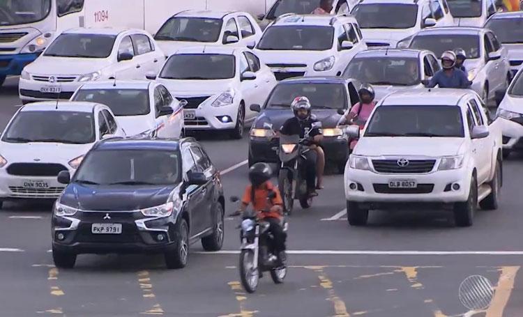 IPVA: Donos de veículos com placas de finais 7 e 8 têm 5% de desconto