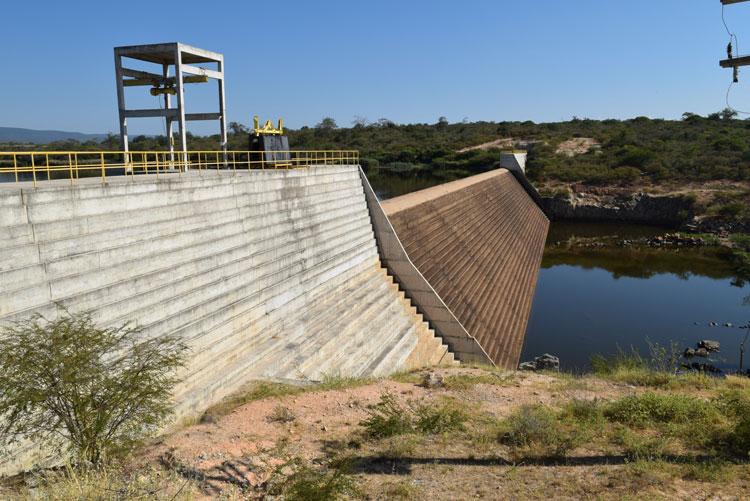 Abastecimento de água está interrompido em Brumado e Malhada de Pedras, diz Embasa