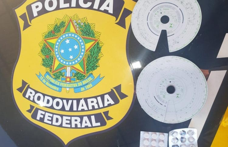 Três caminhoneiros são flagrados com mais de 70 comprimidos de 'rebite' no sul da Bahia
