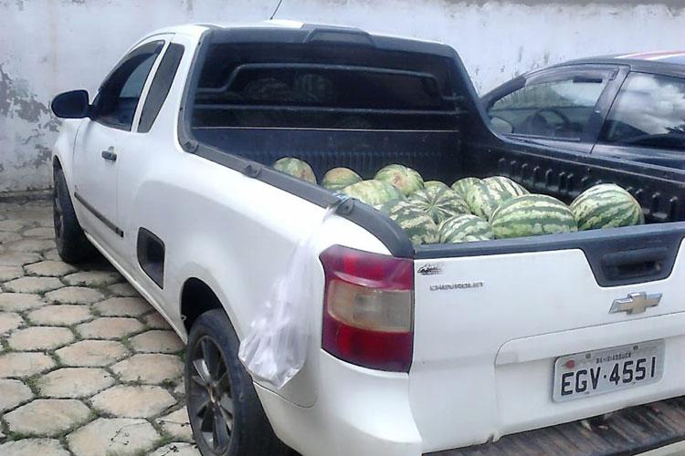 Vendedor de melancias é preso acusado de traficar drogas na feira livre de Licínio de Almeida