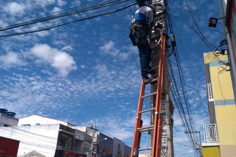 Brumado: Coelba desinstala cabos de fibra ótica e causa transtornos ao Cicom