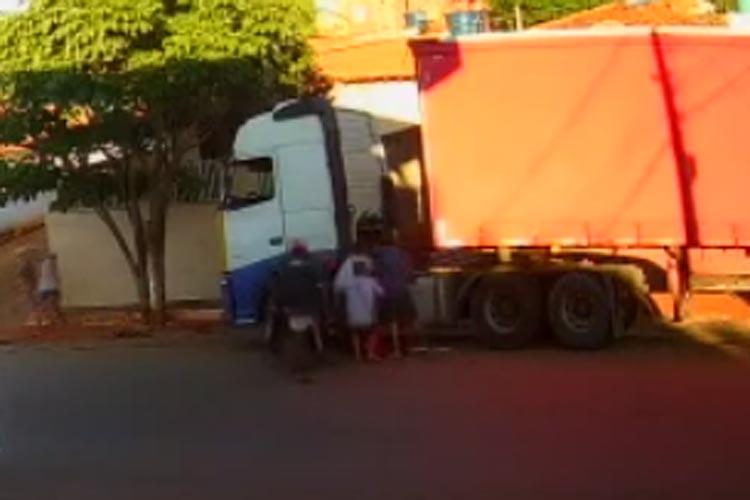 Vídeo mostra dois homens sendo executados a tiros na cidade de Ibiassucê