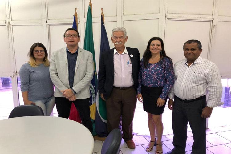 Prefeito de Brumado assina Acordo de Cooperação Técnica com o INSS