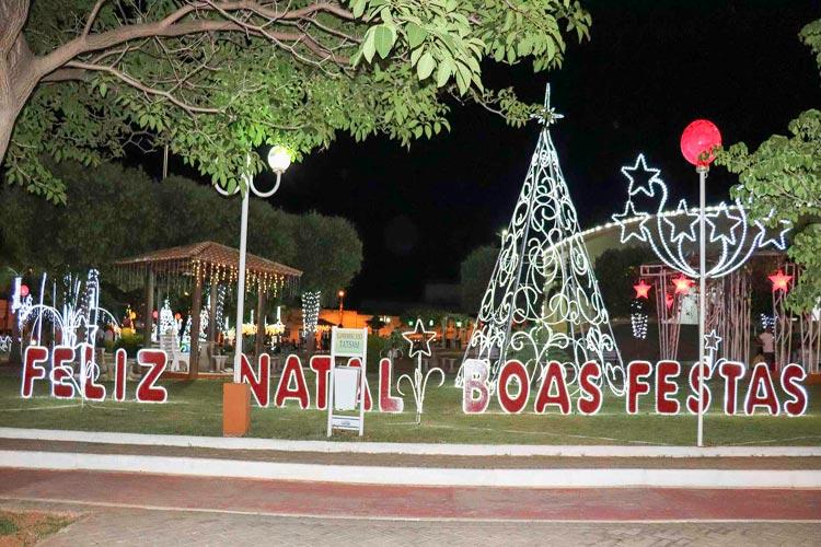Caculé está toda resplandecente para festejar o Natal e celebrar o Ano Novo