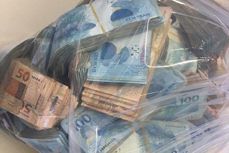 Polícia apreende R$ 500 mil em investigação sobre sonegação