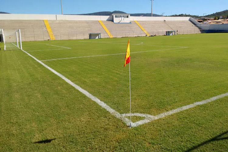 Prefeitura garante premiação para o brumadense de futebol, que deve retornar até novembro