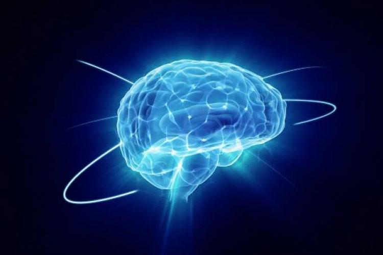 Depressão acelera envelhecimento cerebral, aponta estudo