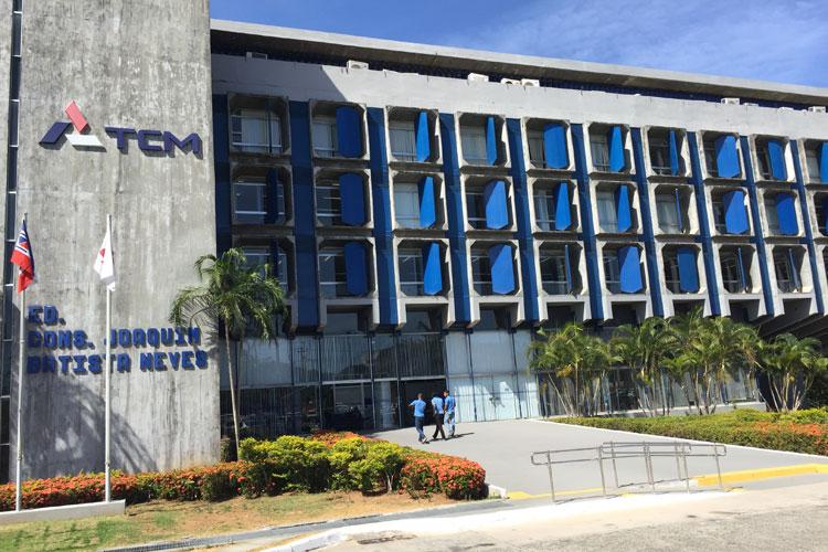 TCM determina suspensão da licitação de concessão de água e esgoto em Brumado