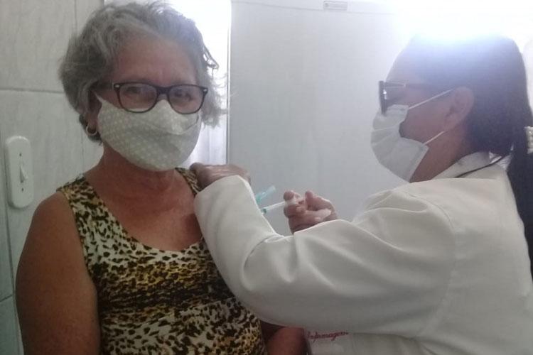 Malhada de Pedras: Imunização contra Covid atinge 100% dos idosos acima dos 60 anos