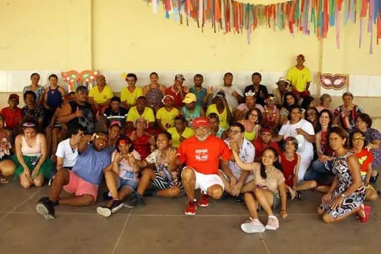 Brumado: Voluntários levam alegria aos alunos no carnaval da Apae