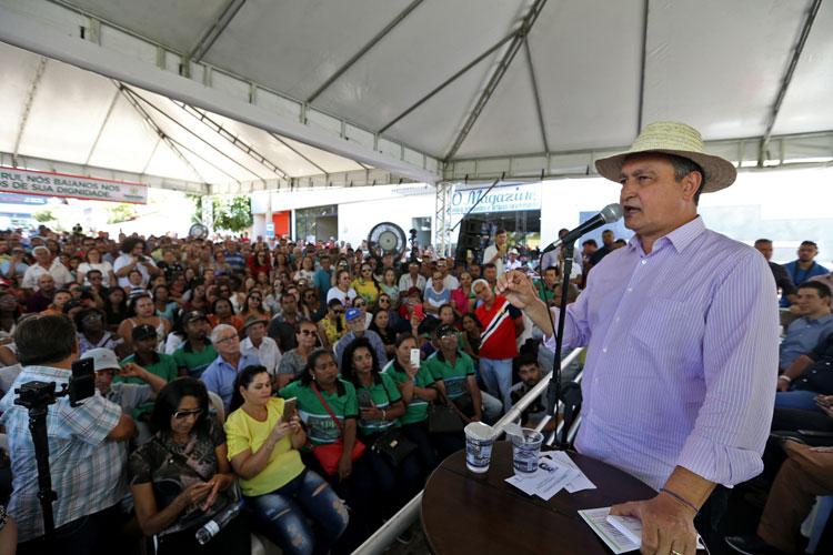 Governador Rui Costa realiza série de entregas e anuncia novos investimentos na cidade de Paramirim
