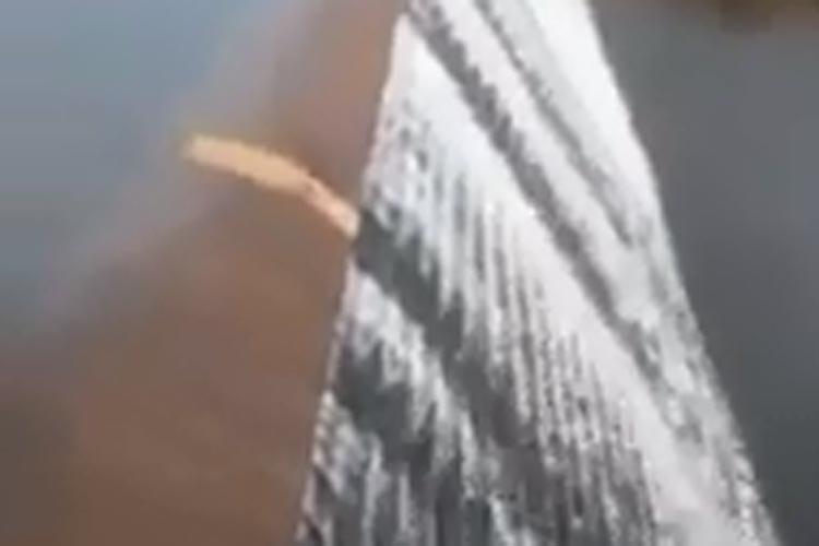 Brumado: Barragem de Cristalândia sangra pela quarta vez neste ano