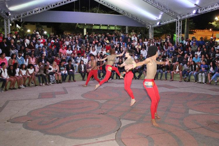 Barracão Cultural realiza festejos em homenagem à Nossa Senhora Santana em Caetité