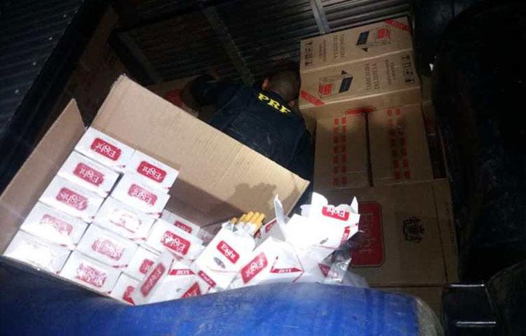 Carga com cerca de 210 mil cigarros é apreendida em caminhão-baú em Jequié