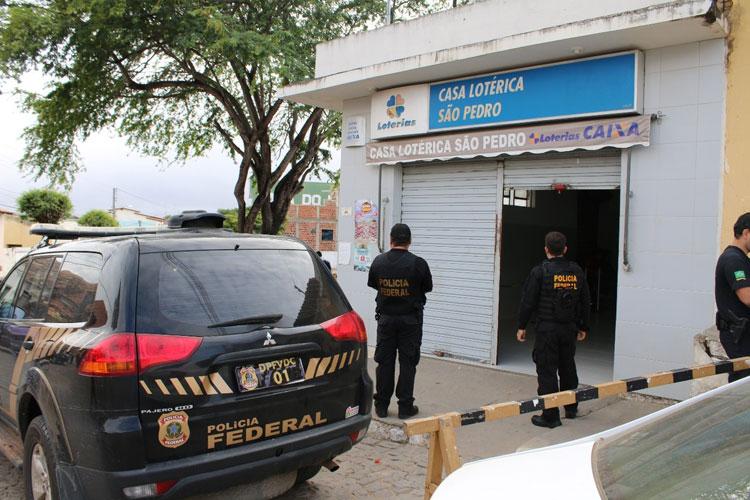 Operação Chronos: PF apreende R$ 50 mil e arma com secretário municipal de Aracatu
