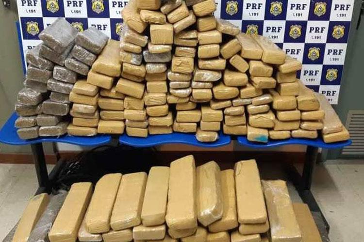 Vitória da Conquista: PRF apreende 142 kg de drogas em ônibus intermunicipal na BR-116