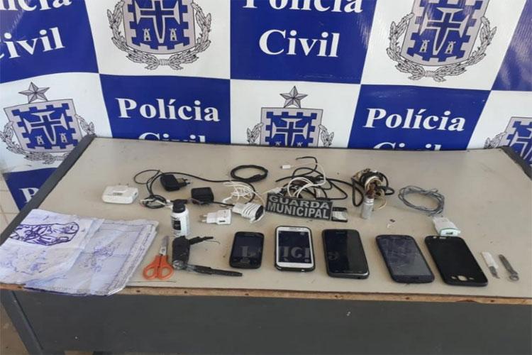 Polícia Civil apreende aparelhos celulares na cadeia da cidade de Carinhanha