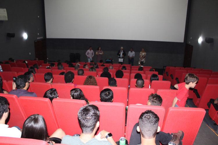 R$ 36 mil: Prefeitura de Brumado contrata divulgação de propaganda institucional em sessões do cinema