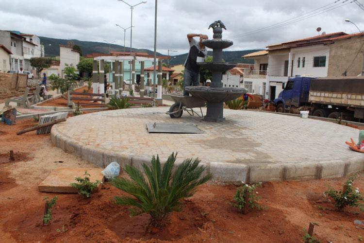 Brumado: De cara nova, Praça Dr. Nelson Lula será inaugurada nesta quinta-feira (18)