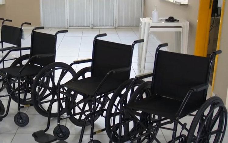 Grupo cria projeto para comprar cadeiras de rodas e ajudar pessoas com dificuldades de locomoção no sul da Bahia