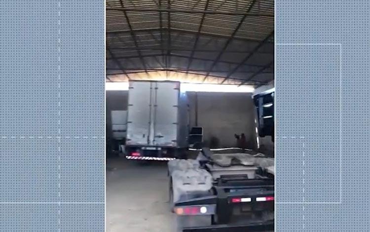 Galpão usado para desmanche de veículos roubados é descoberto em Vitória da Conquista