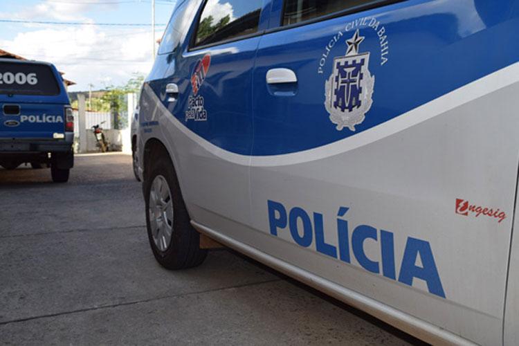 Idosa de 88 anos é presa após agredir neto de 20 a pauladas após discussão no interior da Bahia