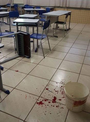 No Paraná, professor é esfaqueado por aluno dentro de sala de aula
