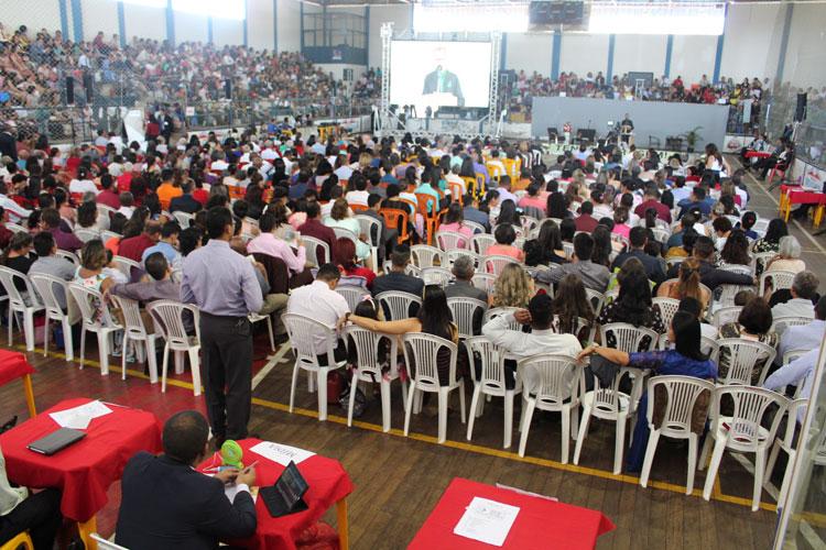 Congresso reúne Testemunhas de Jeová da microrregião em Brumado