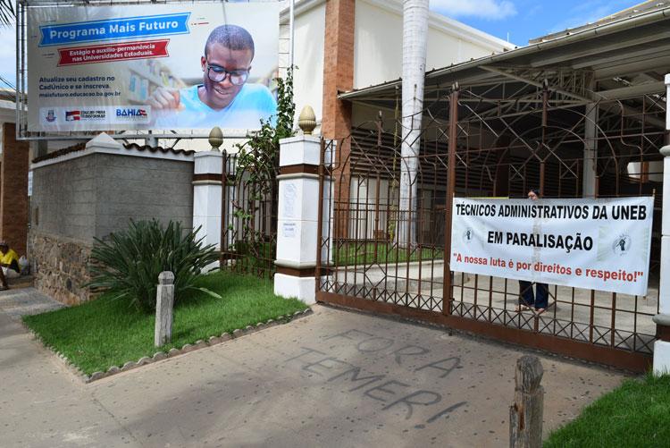 Brumado: Técnicos administrativos da Uneb paralisam atividades entre os dias 26 e 30 de junho