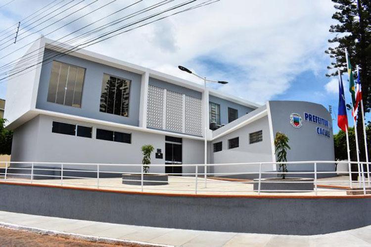 Lockdown: Prefeitura de Caculé não adere a decisão do Governo do Estado e comércio é fechado pela PM